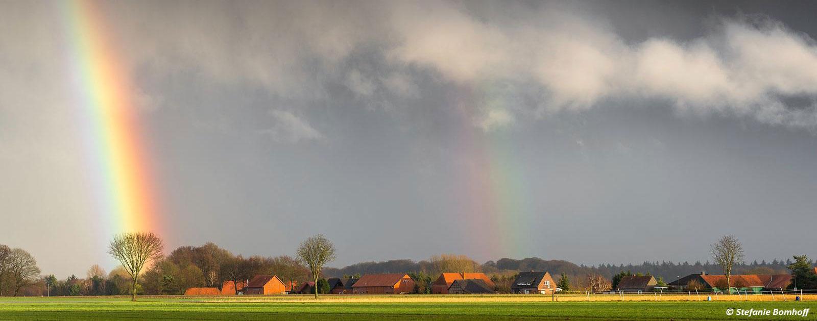 Neubruchhausen mit Regenbogen